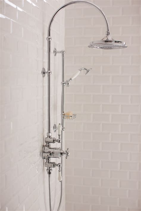white tiled bathroom ideas best 25 shower tiles ideas only on shower