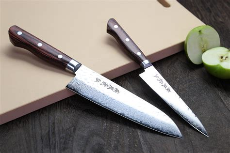 yoshihiro petty japanese kitchen knife 140mm amazon com yoshihiro vg10 hammered damascus stainless