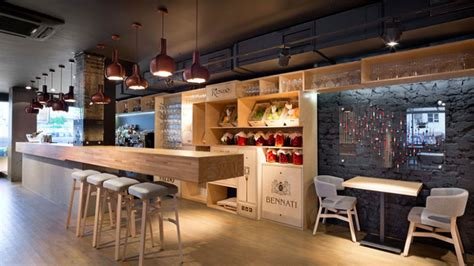 small restaurant interior design small pizzeria design www pixshark com images