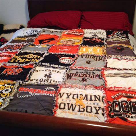 Tshirt Rag Quilt by 17 Best Images About Rag Quilts And Blankets On