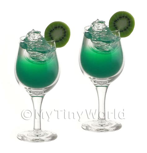 Handmade Glassware Uk - dolls house miniature glassware 2 miniature emerald