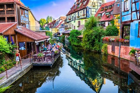 Most Beautiful Small Towns | 25 of the most picturesque small towns from around the