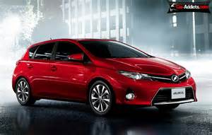 new cars for 2013 toyota 2013 toyota auris wallpaper info price