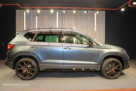 seat ateca 2018 seat ateca cupra driven like it were stolen on the