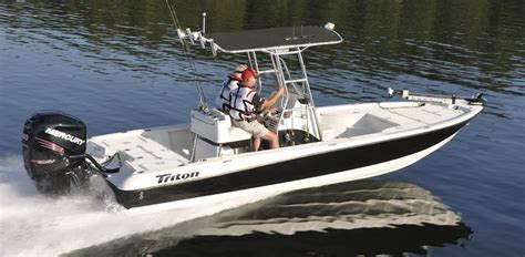bay boat with t top boat covers for bay boat rounded bow center console t top