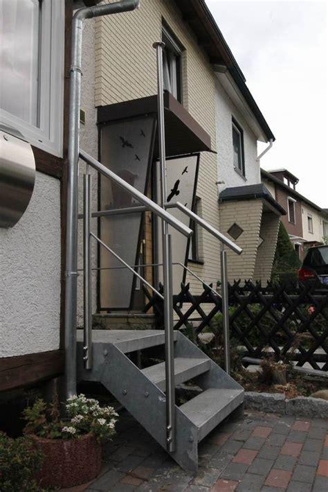 Treppengeländer Edelstahl by Treppengel 228 Nder Aus Edelstahl Mit Einem Relingstab