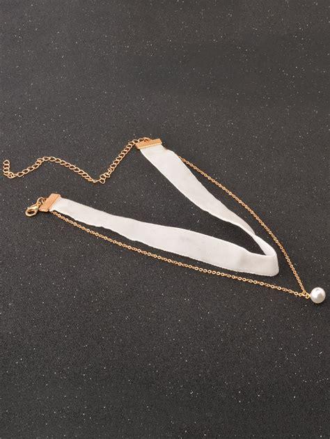 Pearl Velvet Choker white faux pearl velvet choker necklace rosegal