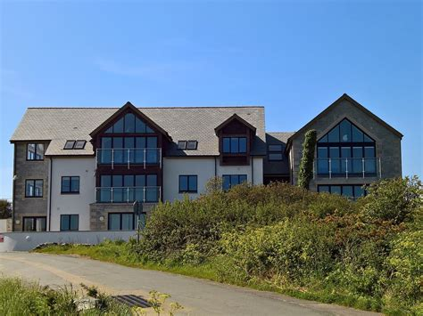 Cottages For 2 In Cornwall by 2 Bedroom Cottage In Helston Friendly Cottage In