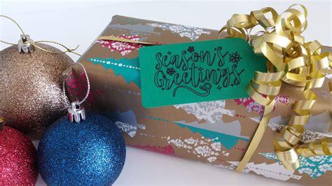 easy christmas gift tags   cricut explore air