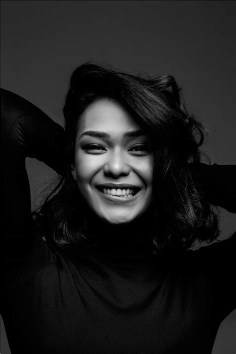 Adinia Wirasti - Aktris Indonesia - Sinopsis Korea Jepang