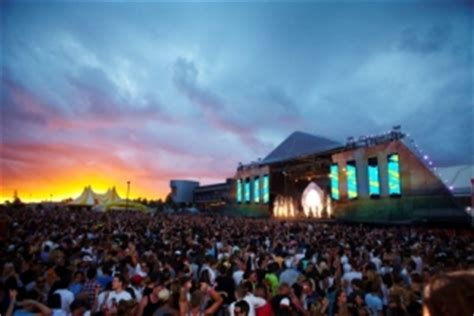new year melbourne showgrounds win tickets to stereosonic 2010 with spicenews spice