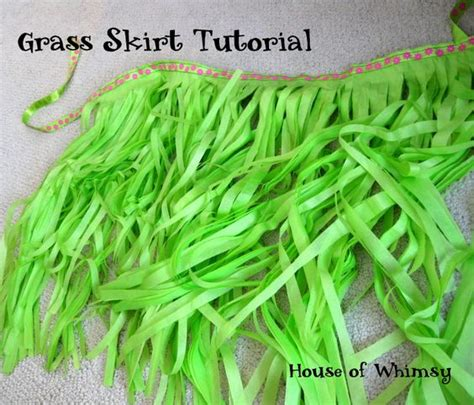 How To Make Grass Out Of Tissue Paper - grass skirt tutorial for a luau using a package of