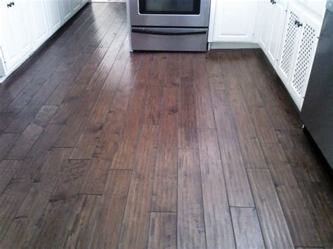 Hardwood Floor Tile Laminate Wood Flooring In Kitchen Ratings Reviews
