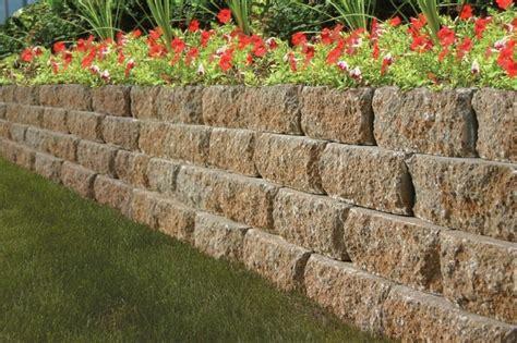 ziegelmauer garten deko gartenmauer aus ziegelsteinen selber bauen anleitung