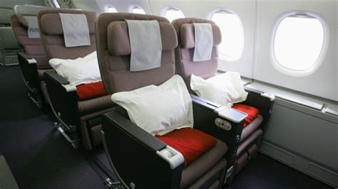 emirates premium economy airline review qantas a380 economy class to los angeles