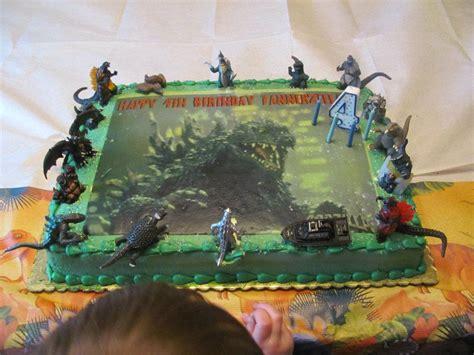 throw back king kong and godzilla cake birthday boy pinterest godzilla cake desserts pinterest godzilla cake and