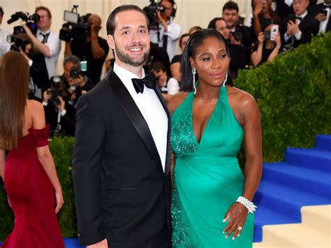 reddit romance how newlyweds found love and karma online the love story of serena williams and alexis ohanian