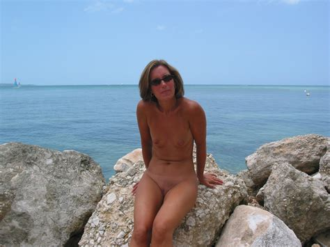 Nude Mature At The Beach Nu005  In Gallery Nude Mature