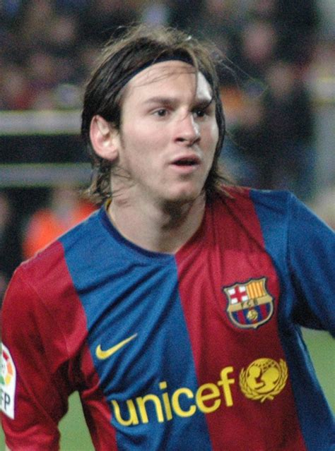 biography messi footballer lionel messi biography and wallpapers football players