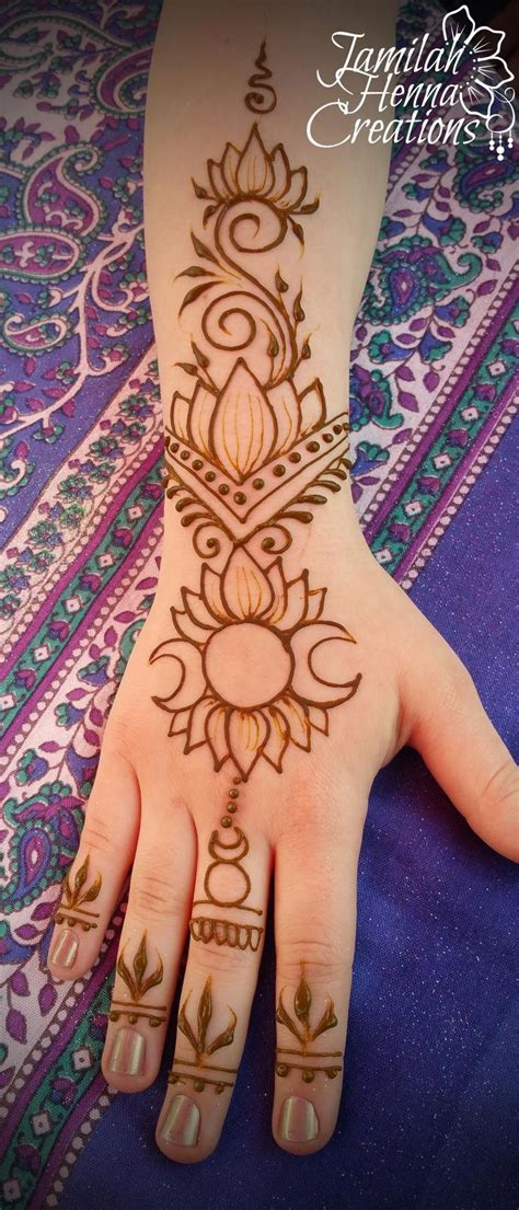 henna tattoo hand hamburg 25 best ideas about henna on hena