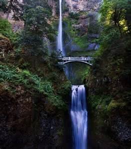 Multnomah falls lodge home