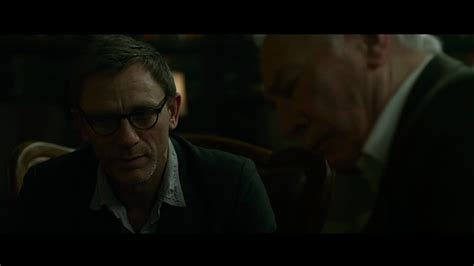 dragon tattoo daniel craig glasses rev ron s movie reviews the girl with the dragon tattoo