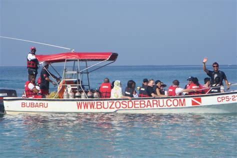 boat shop de queen ar diving in cartagena