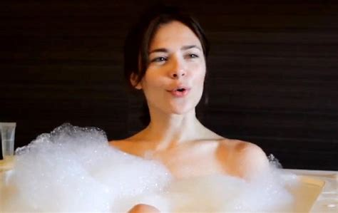 bathtub scene russian dj nina kraviz addresses that bath scene after greg wilson and maceo plex have
