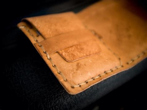 How To Make A Leather by How To Make A Simple Leather Tri Fold Wallet Snapguide