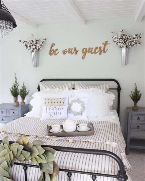 Bedroom Wall Decorations by 25 Best Bedroom Wall Decor Ideas And Designs For 2019