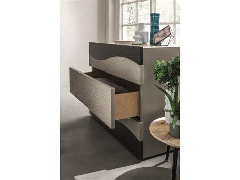 242 e comodini moderni in legno a prezzo scontato