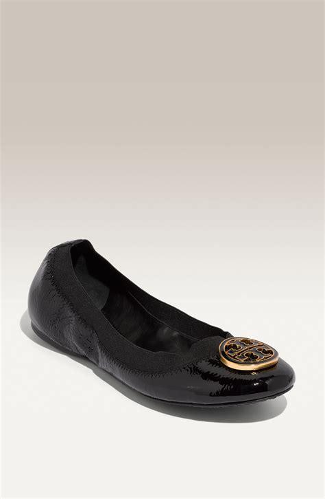 Ready Tb Caroline Flat Shoes Burch Caroline Elastic Trim Ballerina Flat In Black