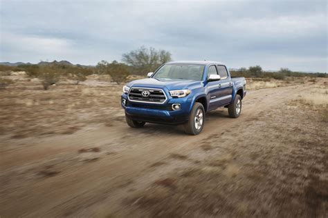 New Toyota Tacoma 2016 New 2016 Toyota Tacoma Is Primed For Mid Size Truck War