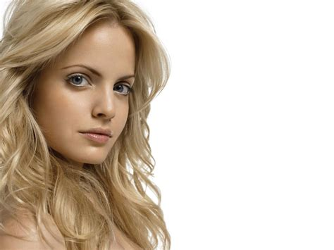 Mena Suvaris Hair Isi Dont Even by Help Sell Your Doctor S Getup Anywhere Home