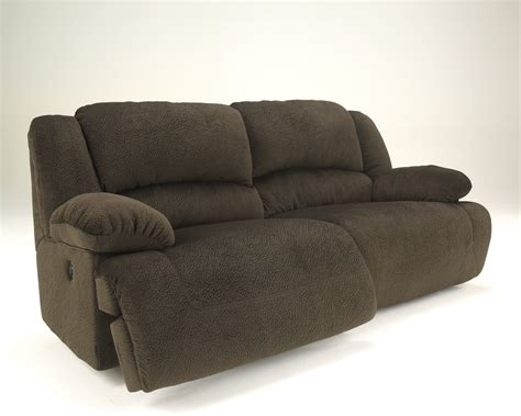 2 Seater Sofa Recliner Buy Toletta Chocolate Two Seat Reclining Sofa By Signature Design From Www Mmfurniture