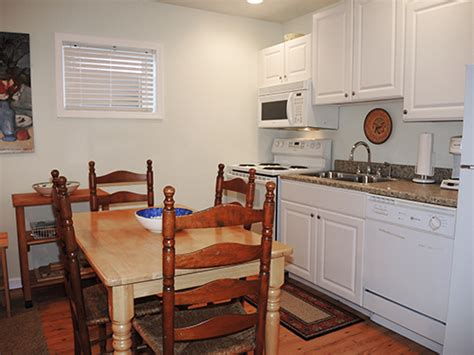Kitchen Briarwood Ny Briarwood Cooperstown Dreams Park Rental