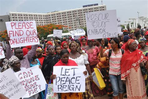 nigerian schoolgirls kidnapped by boko haram protests but nigerians hold second day of protests over mass abductions