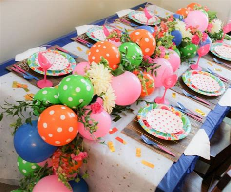 how to make balloon centerpieces for tables 25 best ideas about balloon garland on
