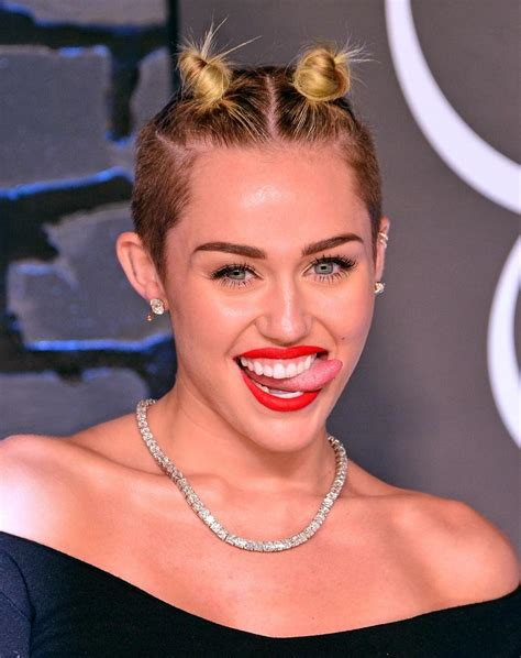 miley cyrus to return to mtv video music awards daily dish