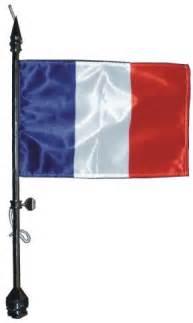 porte drapeau d 233 finition c est quoi