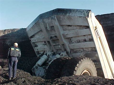haul truck operators day turns bad mining mayhem