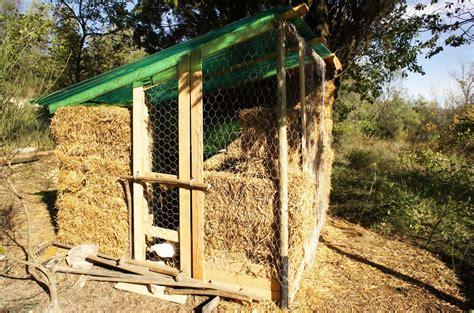 per galline pollaio fai da te con materiali di recupero e riciclo