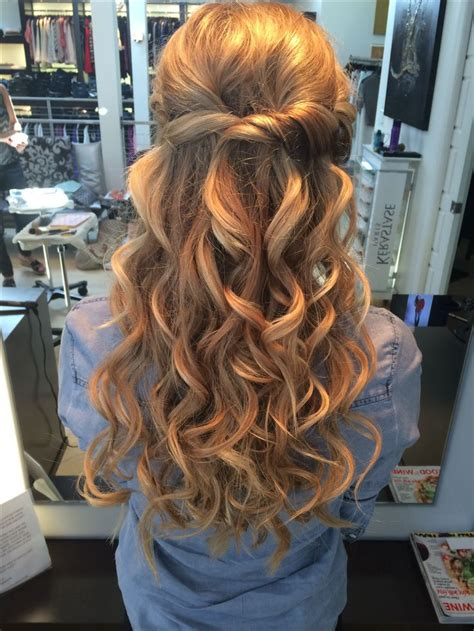 homecoming hairstyles for long hair half up prom half up half down hair hairstyles pinterest