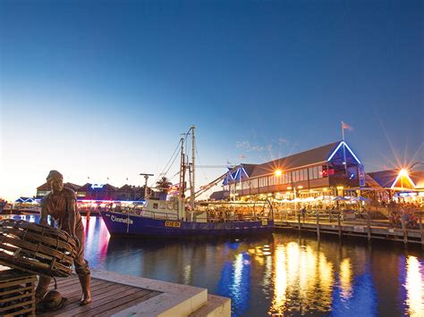 fishing boat harbour hello perth - Fremantle Fishing Boat Harbour Accommodation