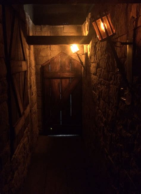 dungeon room escape room dungeon review room escape artist