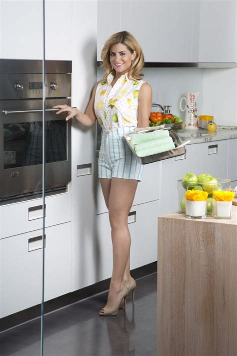 kitchen crashers alison victoria from kitchen crashers high heels