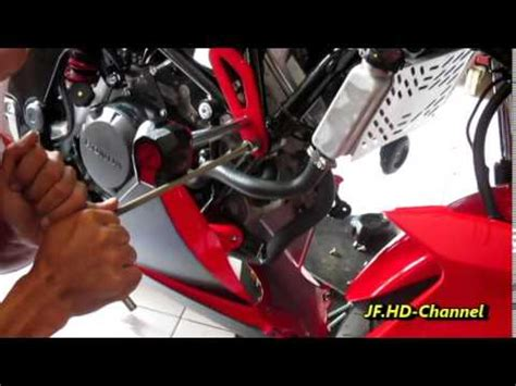 tips bongkar pasang fairing 250 fi 2014 hd doovi