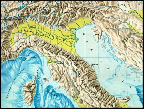 geographical map of italy geographical map italy