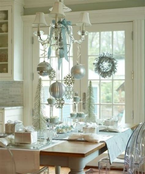 Dining Room Christmas Decorations by 37 Stunning Christmas Dining Room D 233 Cor Ideas Digsdigs