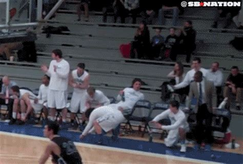 colby college bench celebrations colby college s bench has the best celebrations in hoops sbnation com